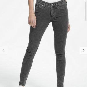 Calvin Klein || Skinny Jeans
